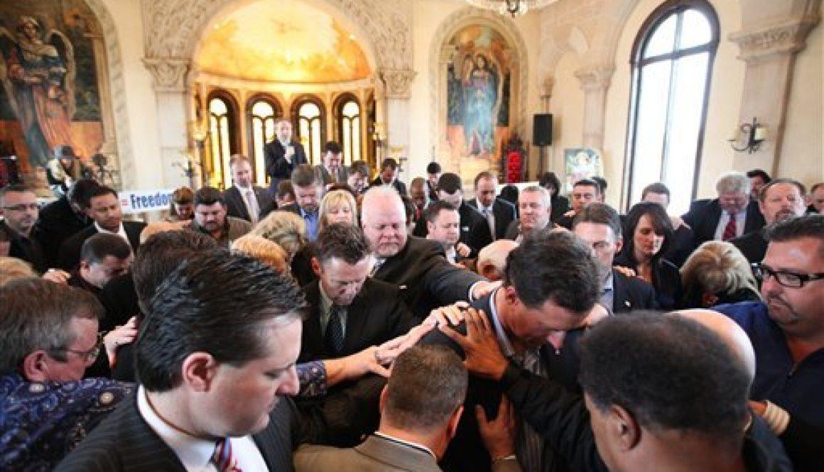 rick-santorum-chapel-mckinney-texas-020812jpg-ce8df27f752877c0